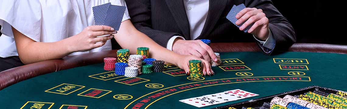 Your Simple Guide to Blackjack- What You Need to Know and More
